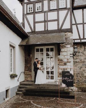 Hochzeit auf Burg Linz – gesehen bei frauimmer-herrewig.de