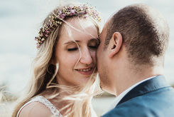 Love & Weddings - Photography