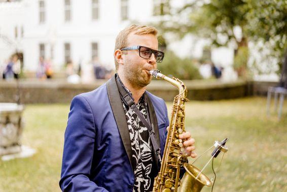 Saxophon1 – gesehen bei frauimmer-herrewig.de