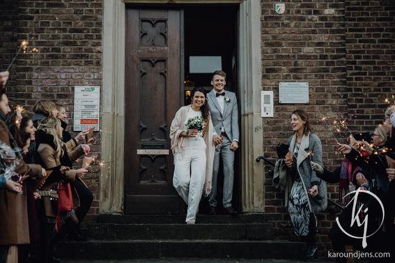 Hochzeitsfotograf koeln bonn duesseldorf karoundjens jens wenzel karolin schell 100 JW 36358 – gesehen bei frauimmer-herrewig.de