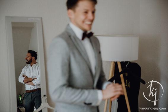 Hochzeitsfotograf koeln bonn duesseldorf karoundjens jens wenzel karolin schell 100 JW 35944 – gesehen bei frauimmer-herrewig.de
