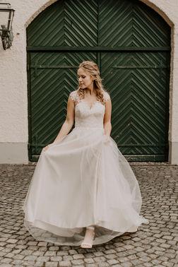 Brautkleider aus Kürten – gesehen bei frauimmer-herrewig.de