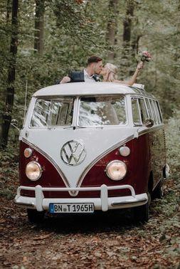 roter VW Bus  - Foto: sweetnorth – gesehen bei frauimmer-herrewig.de