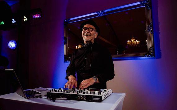 DJ Hochzeitsfeier – gesehen bei frauimmer-herrewig.de