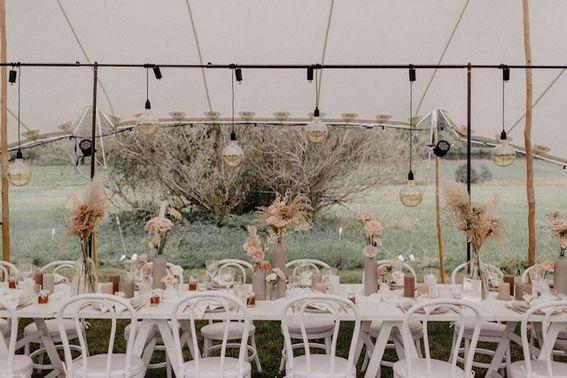 Boho-Wedding im Zelt – gesehen bei frauimmer-herrewig.de