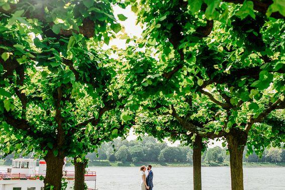 Hochzeitsfotos am Rhein – gesehen bei frauimmer-herrewig.de