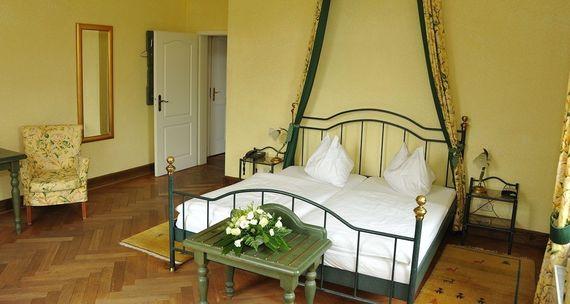 Komfort Zimmer in der Villa – gesehen bei frauimmer-herrewig.de