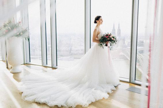 Braut Eventlocation KoelnSky – gesehen bei frauimmer-herrewig.de