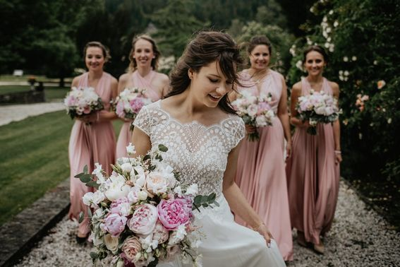 6 Sagt Ja Agentur fuer Hochzeitsplanung Braut Brautjungfern Foto Tom Jezz – gesehen bei frauimmer-herrewig.de