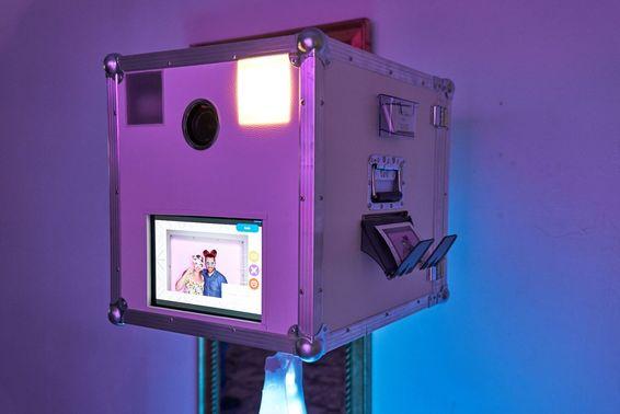 Fotobox für Hochzeitsfeier mieten – gesehen bei frauimmer-herrewig.de