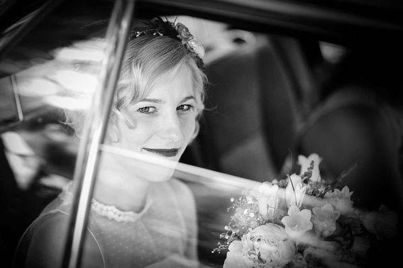 Braut im Auto Mark Dillon Photography 03 – gesehen bei frauimmer-herrewig.de