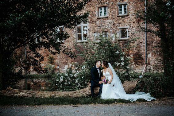 HochzeitsfotografBonn1 min – gesehen bei frauimmer-herrewig.de