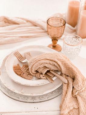 Tischdeko Hochzeitsfeier – gesehen bei frauimmer-herrewig.de