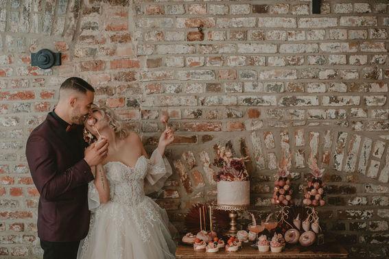 Hochzeitstorte und Süßigkeiten – gesehen bei frauimmer-herrewig.de