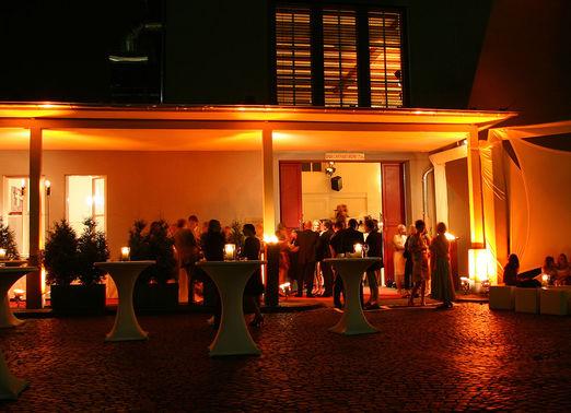 Hochzeitslocation Alte Versteigerungshalle 8 – gesehen bei frauimmer-herrewig.de