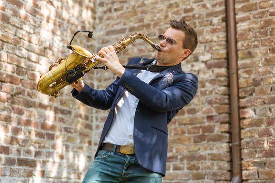 Mobile Hochzeits DJs Saxophon 01 – gesehen bei frauimmer-herrewig.de