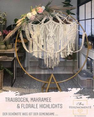 Traubogen mit Makramee und floralen Highlights – gesehen bei frauimmer-herrewig.de
