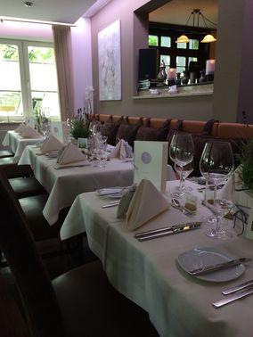 Restaurant der Hochzeitslocation – gesehen bei frauimmer-herrewig.de