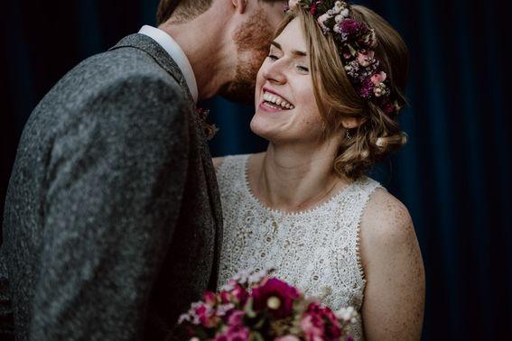 HochzeitsfotografBonn4 min – gesehen bei frauimmer-herrewig.de