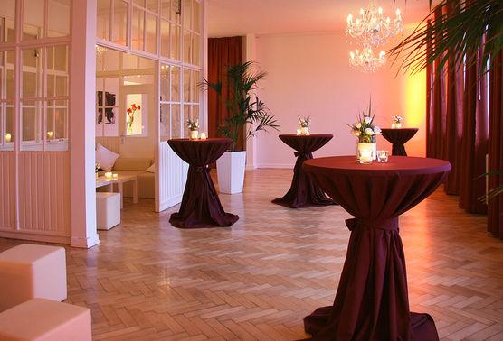 Hochzeitslocation Alte Versteigerungshalle 4 – gesehen bei frauimmer-herrewig.de