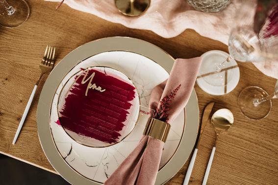 Rosa Tischdeko Hochzeit – gesehen bei frauimmer-herrewig.de