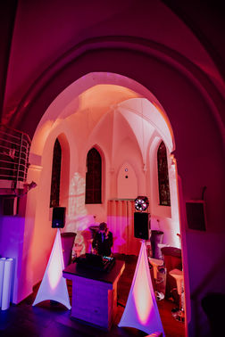 Dj equipment eventkapelle – gesehen bei frauimmer-herrewig.de