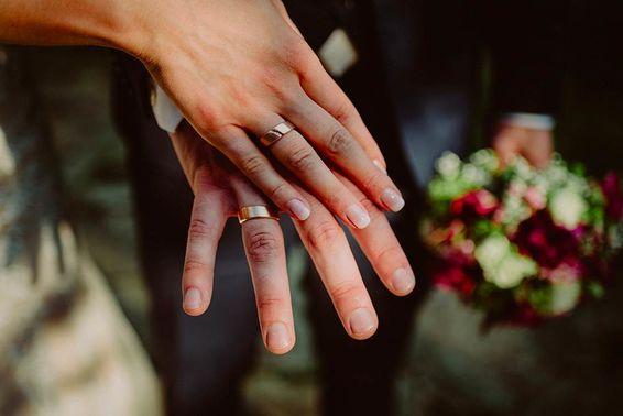 Trauringe Hochzeit – gesehen bei frauimmer-herrewig.de
