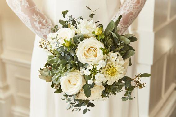Blumenstrauß der Braut – gesehen bei frauimmer-herrewig.de
