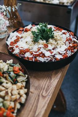 Salate Hochzeitsbuffet - Foto: Nancy Ebert – gesehen bei frauimmer-herrewig.de