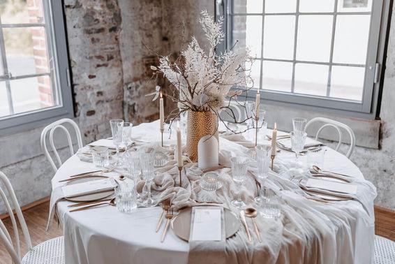 Tischdeko White Wedding – gesehen bei frauimmer-herrewig.de