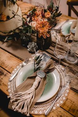 Tischdekoration Hochzeitstafel – gesehen bei frauimmer-herrewig.de