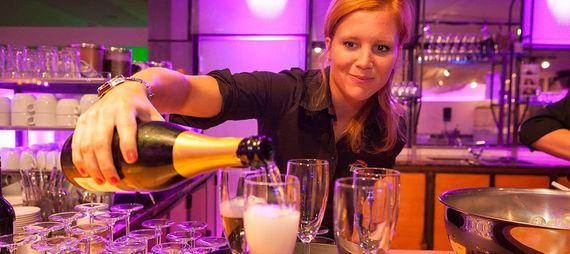 Getra nke Hochzeit Tafelfreuden Event Catering – gesehen bei frauimmer-herrewig.de