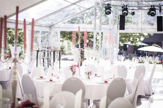 Zeltverleih für Hochzeiten – gesehen bei frauimmer-herrewig.de
