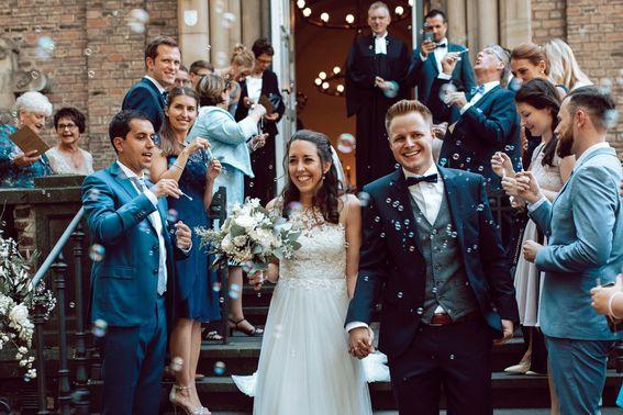 HochzeitsfotografBonn3 min – gesehen bei frauimmer-herrewig.de
