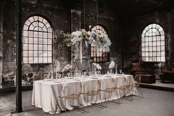 Industrial Style Hochzeitsfeier -liebeslinse – gesehen bei frauimmer-herrewig.de