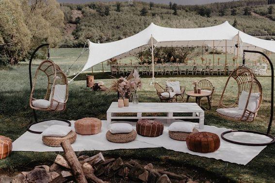 Boho-Lounge Outdoor Wedding – gesehen bei frauimmer-herrewig.de