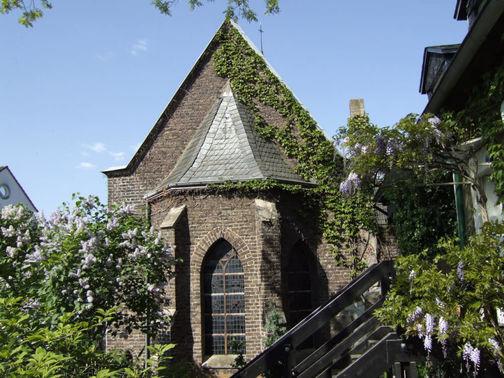 Klosterkapelle Turm Außenansicht - Copyright www.wingart.de – gesehen bei frauimmer-herrewig.de