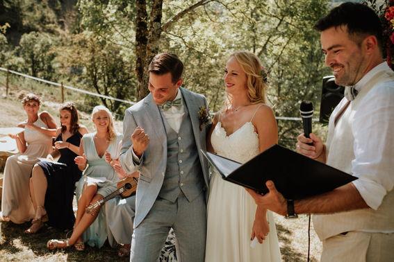 Arianefotografiert Ariane Schulz Hochzeitsfotografin Koeln martinredet Redner Hochzeit im Ausland Provence Frankreich Auslandstrauung Wie werde ich Trauredner Ausbildung Seminar Martin Fett 17 – gesehen bei frauimmer-herrewig.de