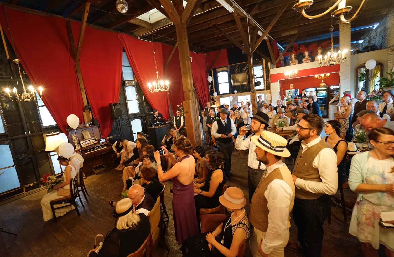 Gare du Neuss freie Trauuung Zeremonie Hochzeitslocation