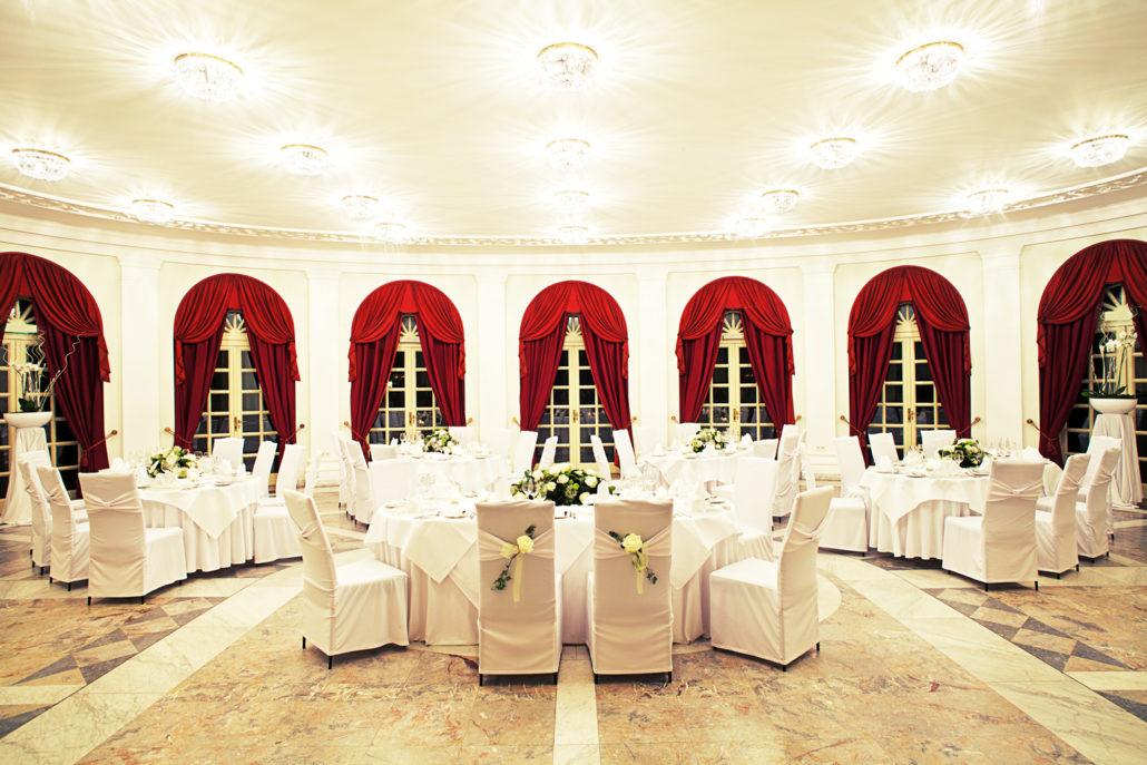 Abend gartensaal hochzeit stilvolles ambiente la redoute heiraten 1030x687
