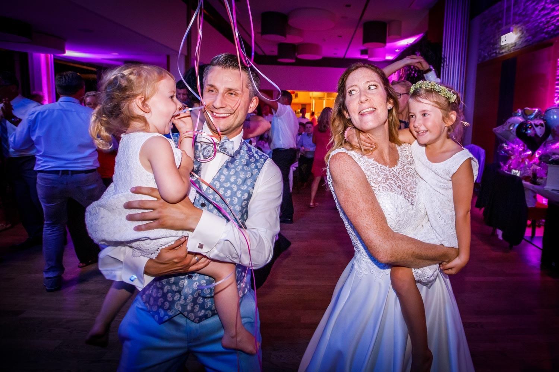 Angela und Ole Storyteller Hochzeitsfotograf Golfclub Koeln 38