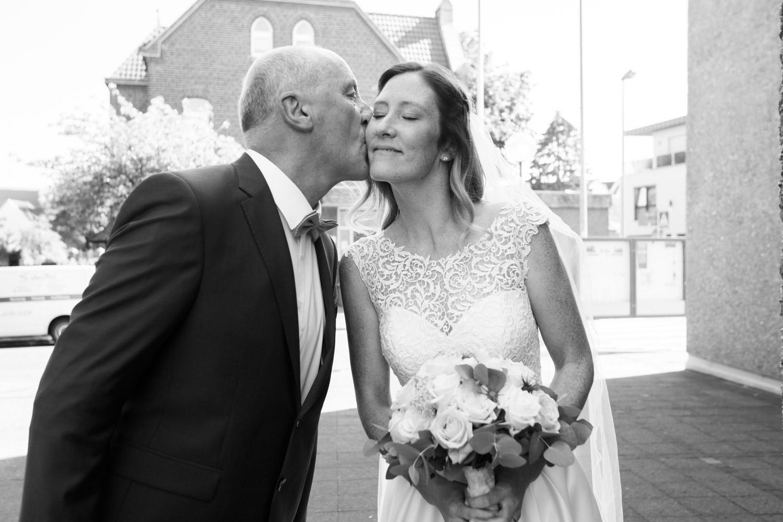 Angela und Ole Storyteller Hochzeitsfotograf Golfclub Koeln 9