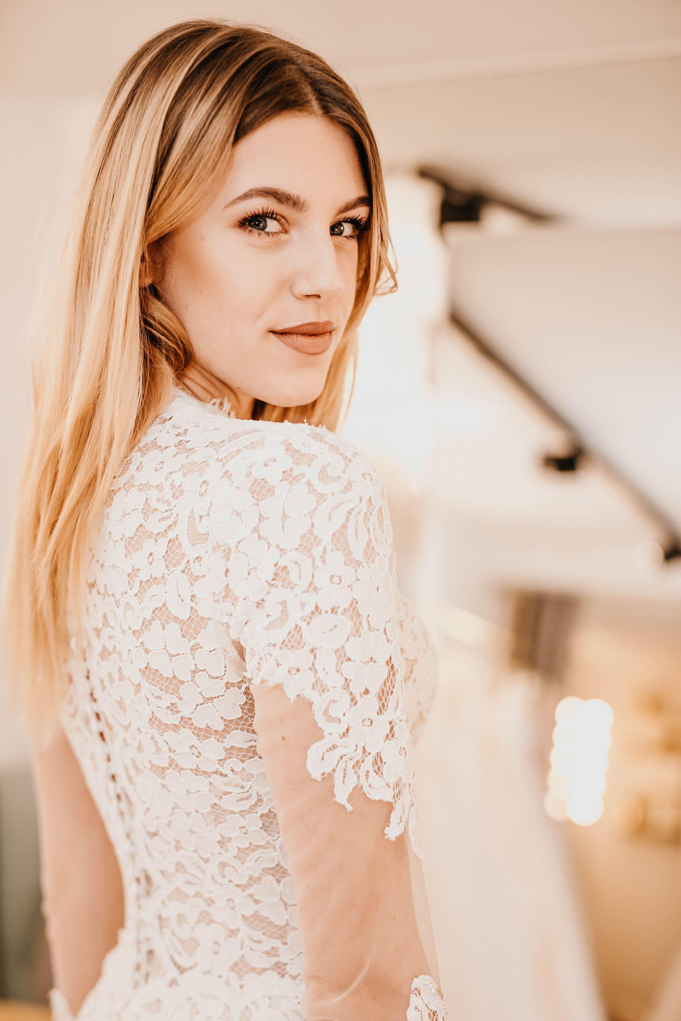 Jennifer Mastroianni Bridal beauty store 13 min