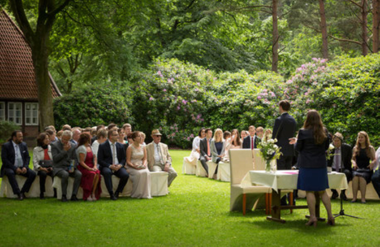 Ereignisreiche Events Redner Freie Trauung 03 – gesehen bei frauimmer-herrewig.de