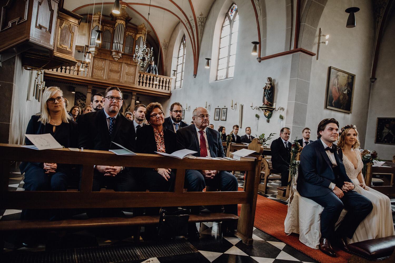 Hochzeitsfotograf koeln bonn duesseldorf karoundjens jens wenzel karolin schell 115 JW 40299 – gesehen bei frauimmer-herrewig.de