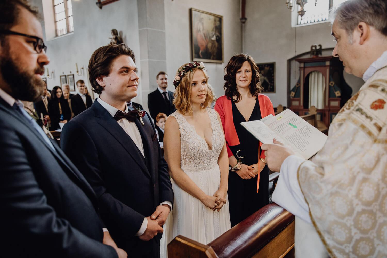 Hochzeitsfotograf koeln bonn duesseldorf karoundjens jens wenzel karolin schell 116 JW 40351 – gesehen bei frauimmer-herrewig.de