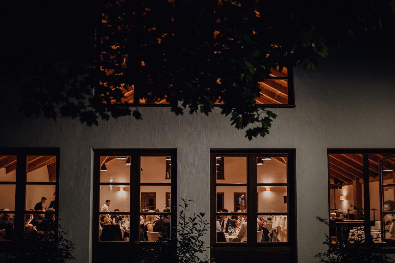 Hochzeitsfotograf koeln bonn duesseldorf karoundjens jens wenzel karolin schell 148 JW 41714 – gesehen bei frauimmer-herrewig.de