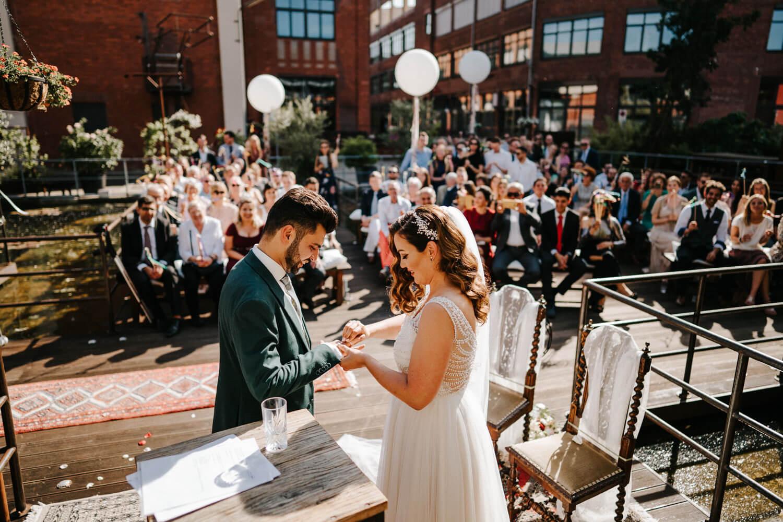 Hochzeitsfotograf Koeln www.stefanochiolo.de 25 von 61  – gesehen bei frauimmer-herrewig.de