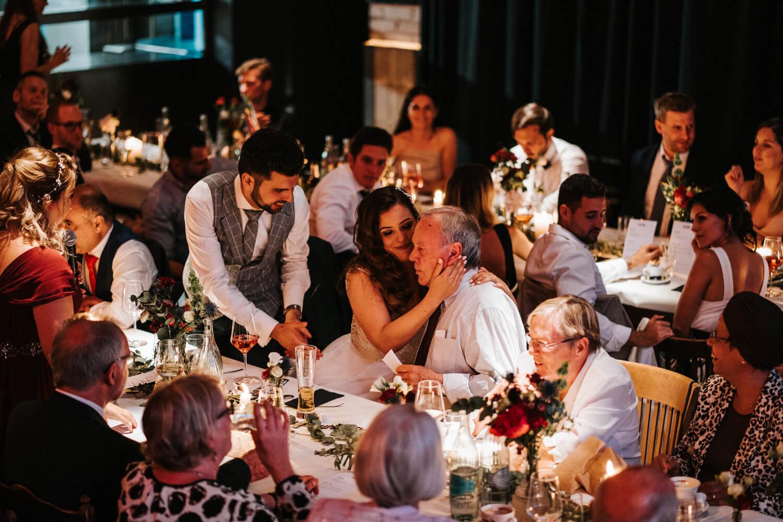 Hochzeitsfotograf Koeln www.stefanochiolo.de 53 von 61  – gesehen bei frauimmer-herrewig.de