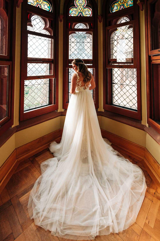 Hochzeitskleid mit Schleppe – gesehen bei frauimmer-herrewig.de